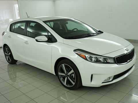 New 2017 Kia Forte 4d Hatchback EX