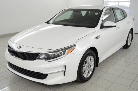 New Kia Optima 4d Sedan LX