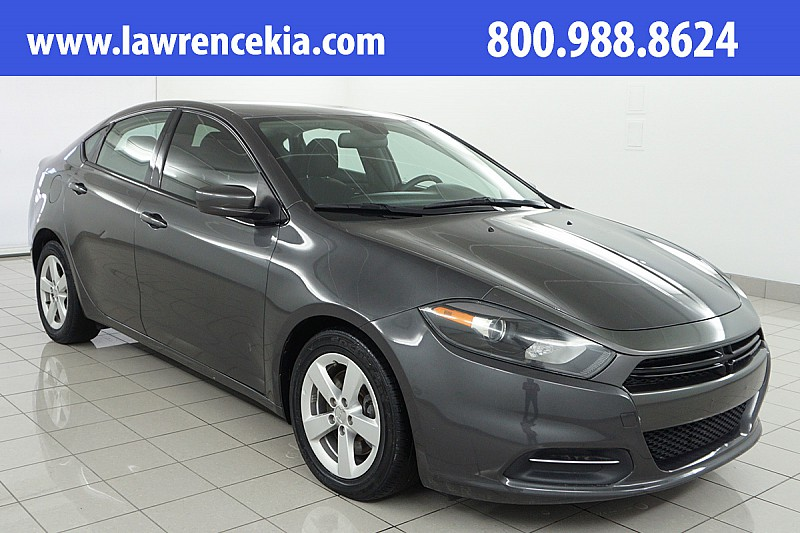 Pre Owned 2015 Dodge Dart 4d Sedan Sxt Mid Size Car In Lawrence