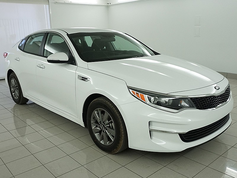 new 2017 kia optima 4d sedan lx turbo mid size car in. Black Bedroom Furniture Sets. Home Design Ideas