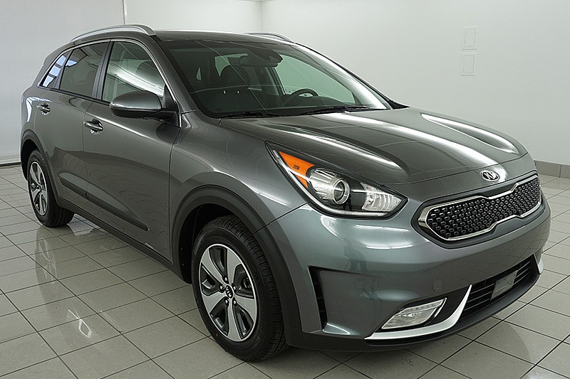 new 2018 kia niro 4d suv lx advanced technology crossover suv in lawrence lj207 lawrence kia. Black Bedroom Furniture Sets. Home Design Ideas
